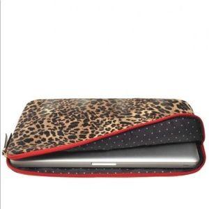 Stella & Dot Chelsea 15 in Laptop Sleeve Zip ❤️